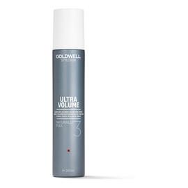 Naturally Full spray nadający objętość podczas suszenia